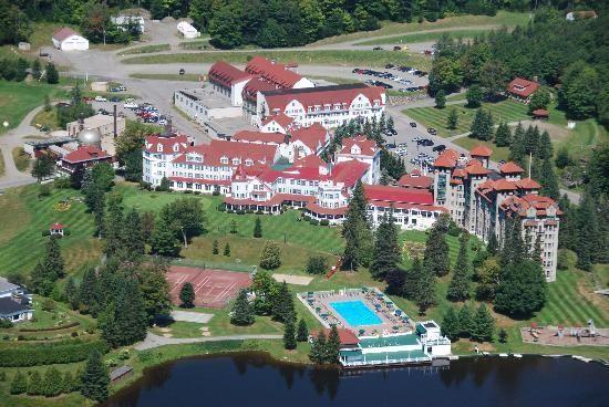 40+ Balsams resort golf course viral