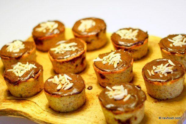 Kanelsnegle- og mazarinmuffins uden sukker og gluten