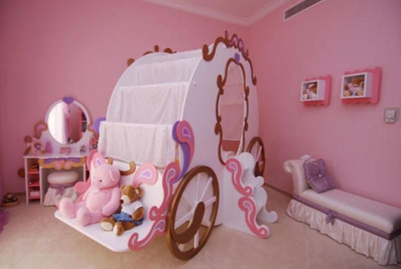 Dreamy Cinderella Carriage Bed Designs for Girls   Furniture ...