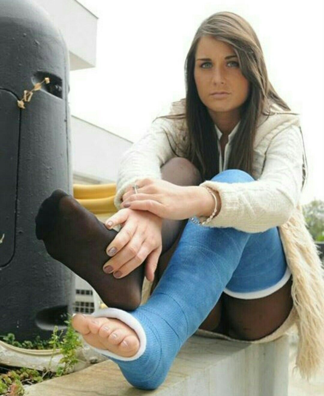 Pin by Alexy Bella on casted it! | Pinterest | Leg cast ...