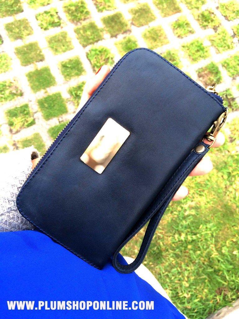 Clutch - Carteras de moda y cuero para mujeres en PLUMSHOPONLINE.COM #handbags #handbag #carteras #cartera #bags #bag #moda #fashion #outfit #carteras
