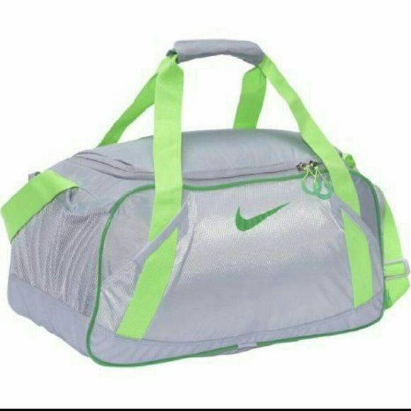f3621d816d Nike Varsity Girl Duffel Gym Bag Super cute Nike gym bag