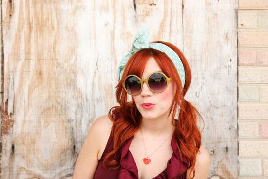 sunnies and hair tie for a flirty summer look