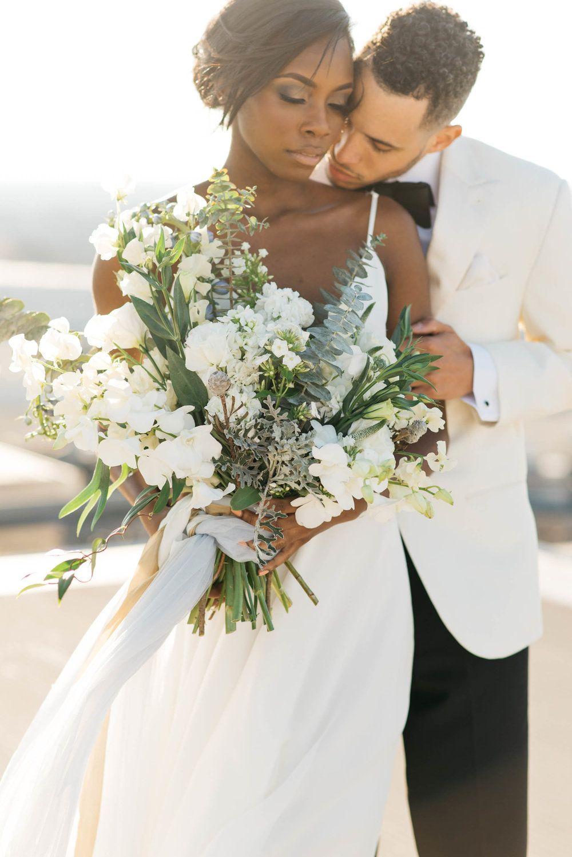 Ventanas | Atlanta, GA | Photography by Shelby Rae Photography | Florals + Decor by Amanda Lankford of AJF+D | As seen in Southeastern Bride Magazine book 2, 2017 |   #styledshoot #wedding #weddingdesign #bride #bridetobe #bridalbouquet #bouquet #atlanta #atlantaflorist #florist