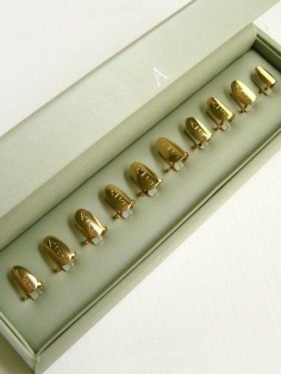 18k A S Davik Nail Ring Set Gold Kitty S Got A Set Of Claws