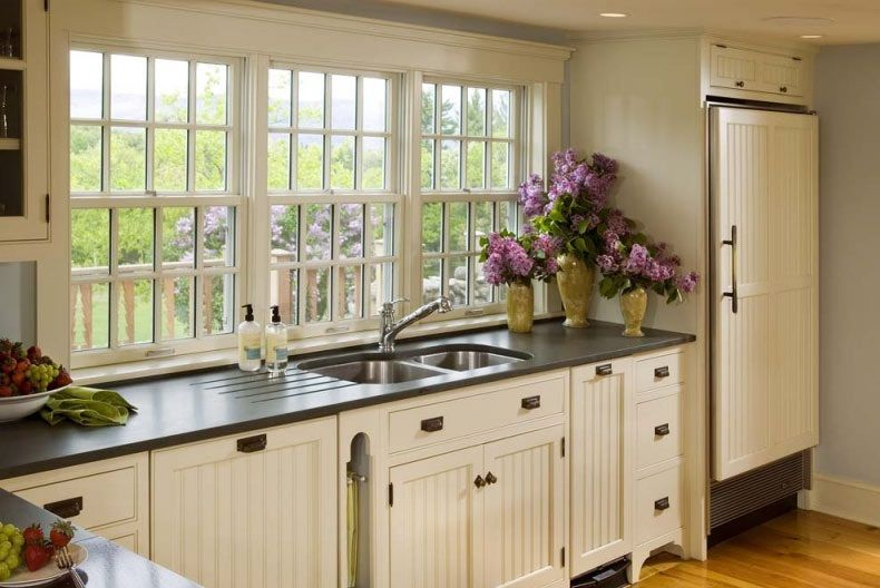 Clic Country Kitchen Design With Wooden Flooring Charming White Designs Black Countertops Ideas