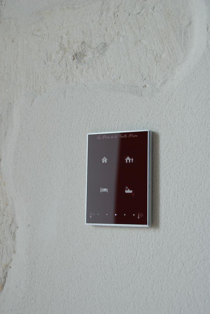 interrupteur tactile touch my design personnalis dans chaque chambre interrupteur pinterest. Black Bedroom Furniture Sets. Home Design Ideas
