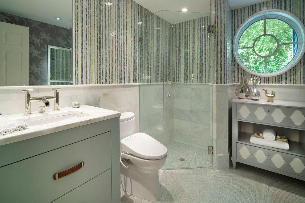 Vertical Stripes Bathroom Bathroom Vanity Bathtub