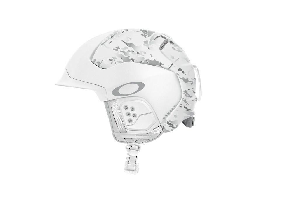 Oakley Mod5 Snowboardhelme und Skihelme auf der ISPO vorgestellt   Sports Insider Magazin