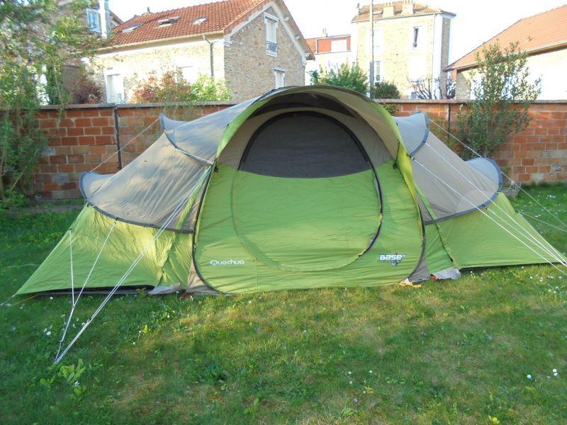 tente 4 2 base seconds quechua 4 personnes camping randonn e location de tente camping et. Black Bedroom Furniture Sets. Home Design Ideas