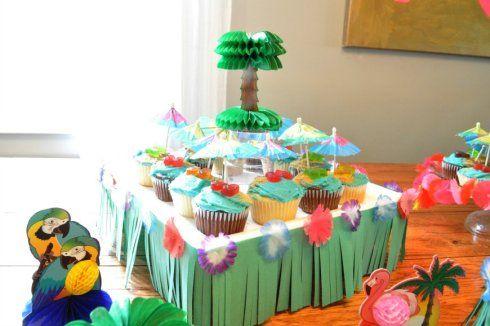 Grass Skirt Cake 7
