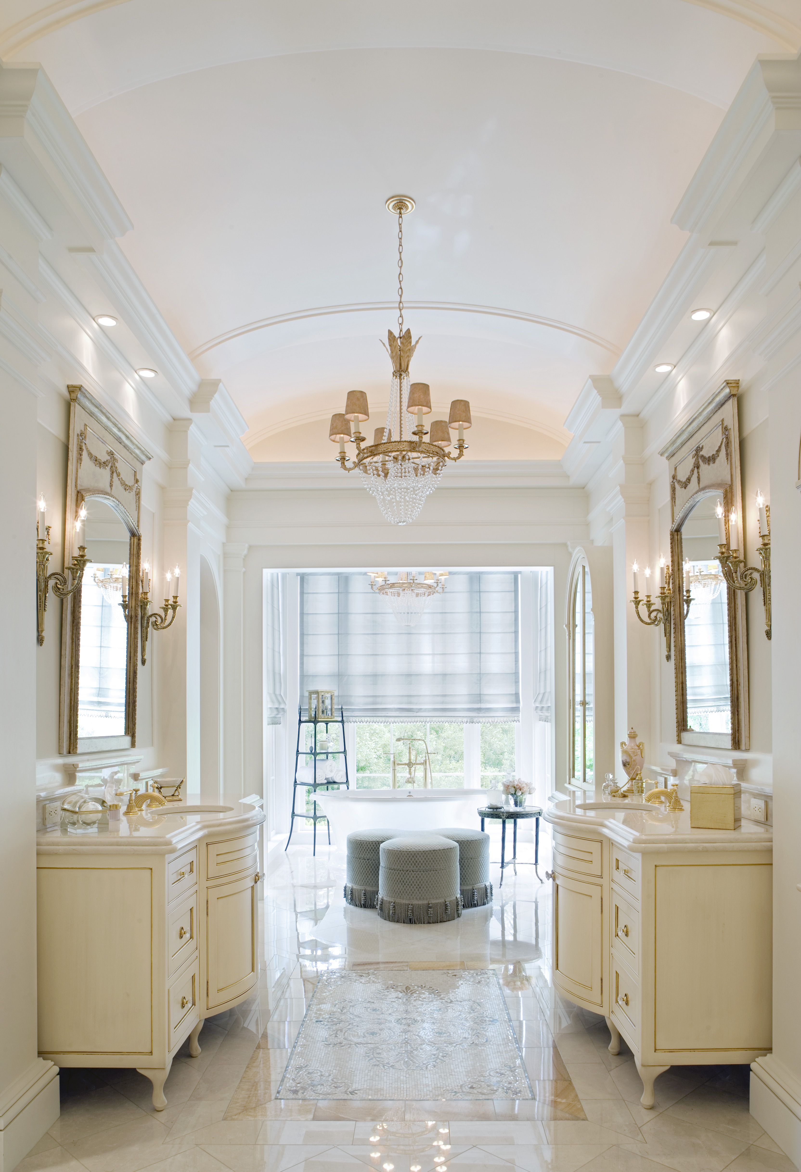Elegant, classical bathroom | Architecture: Historical Concepts ...