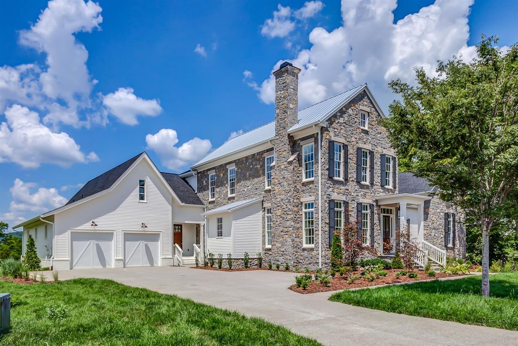 Franklin tennessee nashville real estate house styles