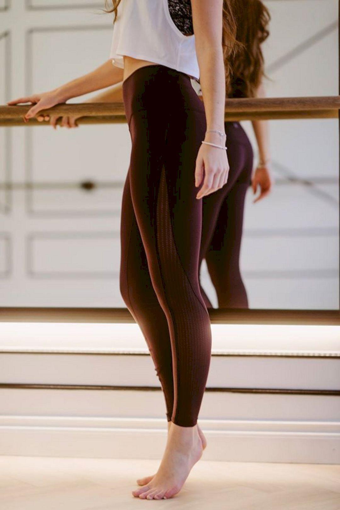 8ba496ef35727 Pin by Sheetal Vadali on more workout n yoga clothes | Clothes, Workout  leggings, Workout wear