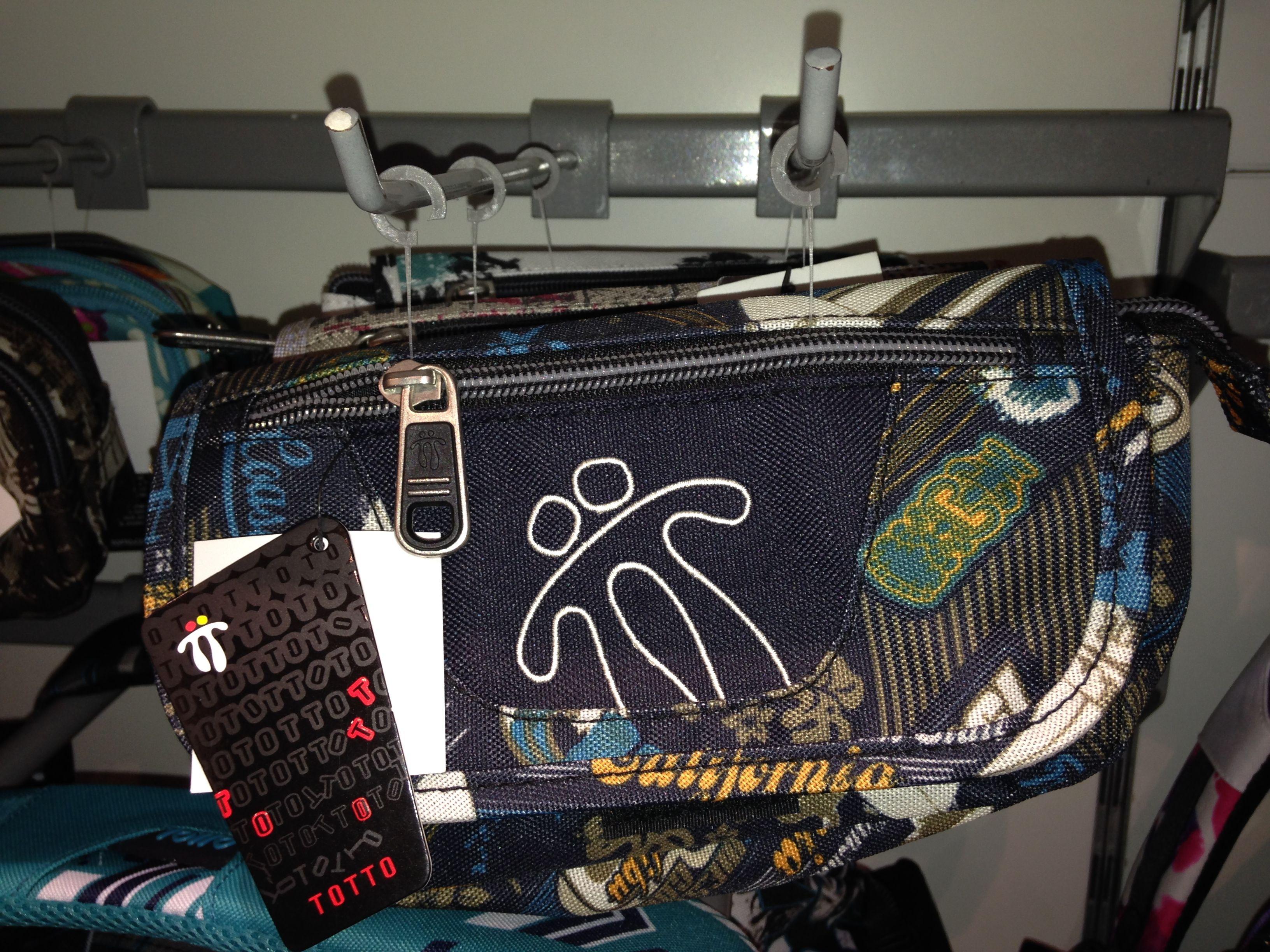 Bolsas, ropa y accesorios en TOTTO