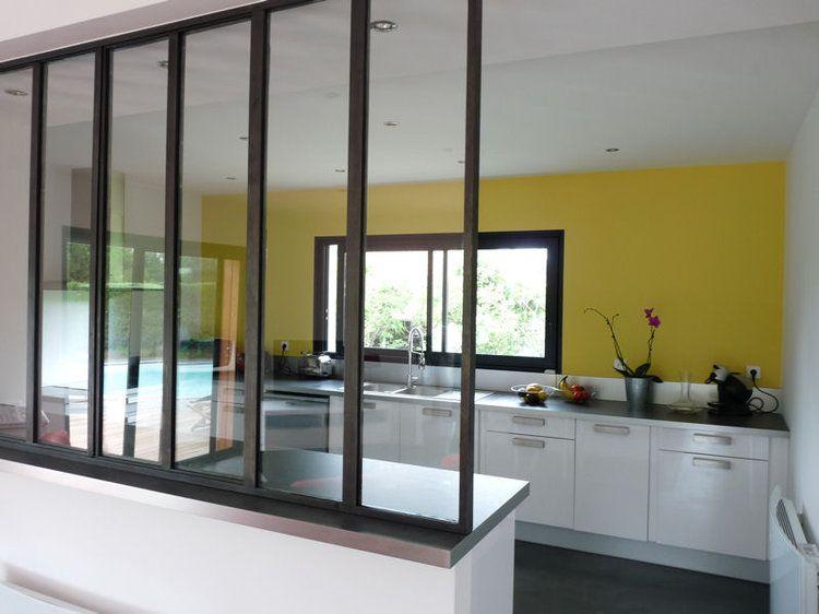 une verri re dans la cuisine pour une pi ce semi ouverte. Black Bedroom Furniture Sets. Home Design Ideas