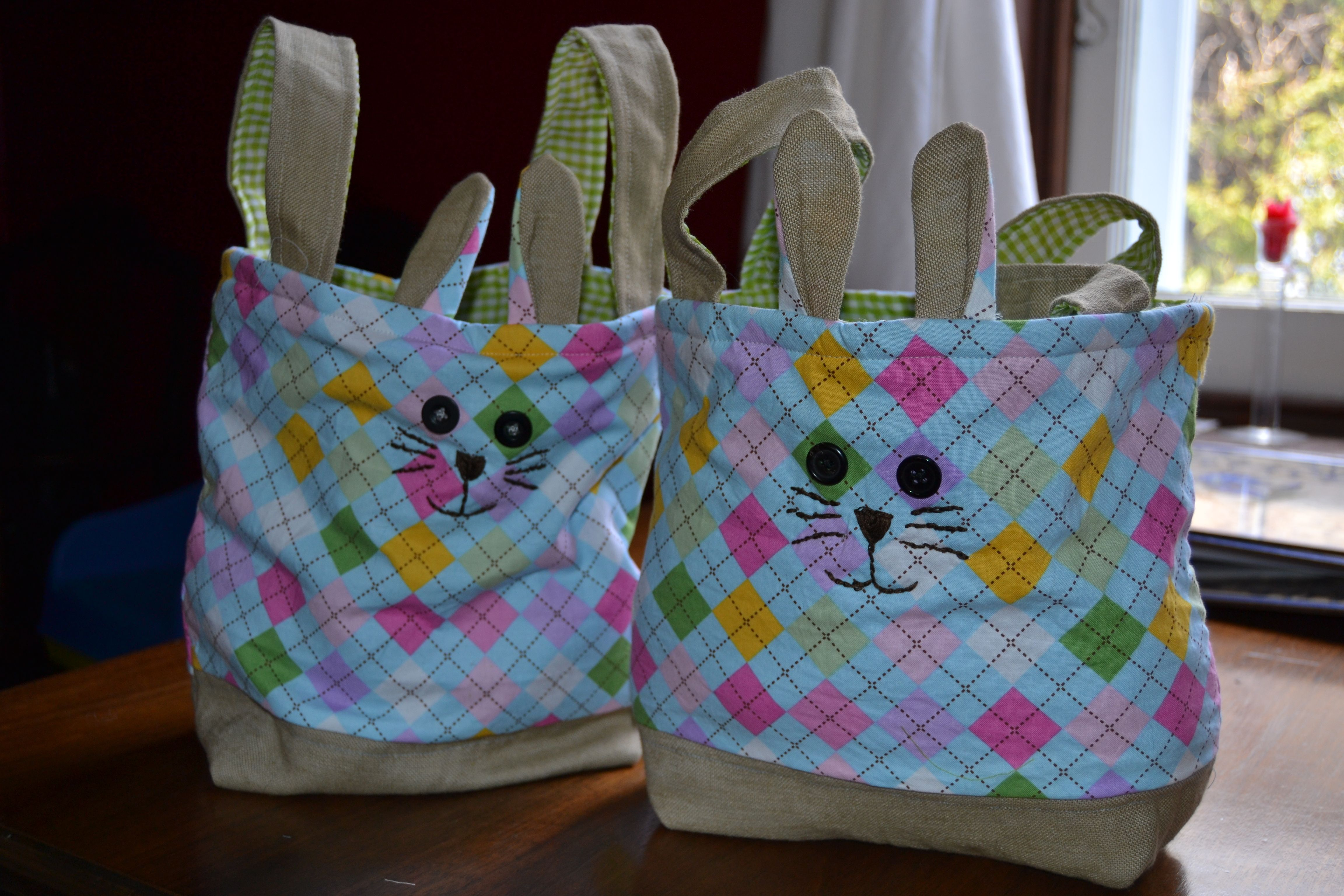 Homemade fabric easter basket sewing project crafty ideas homemade fabric easter basket sewing project negle Images