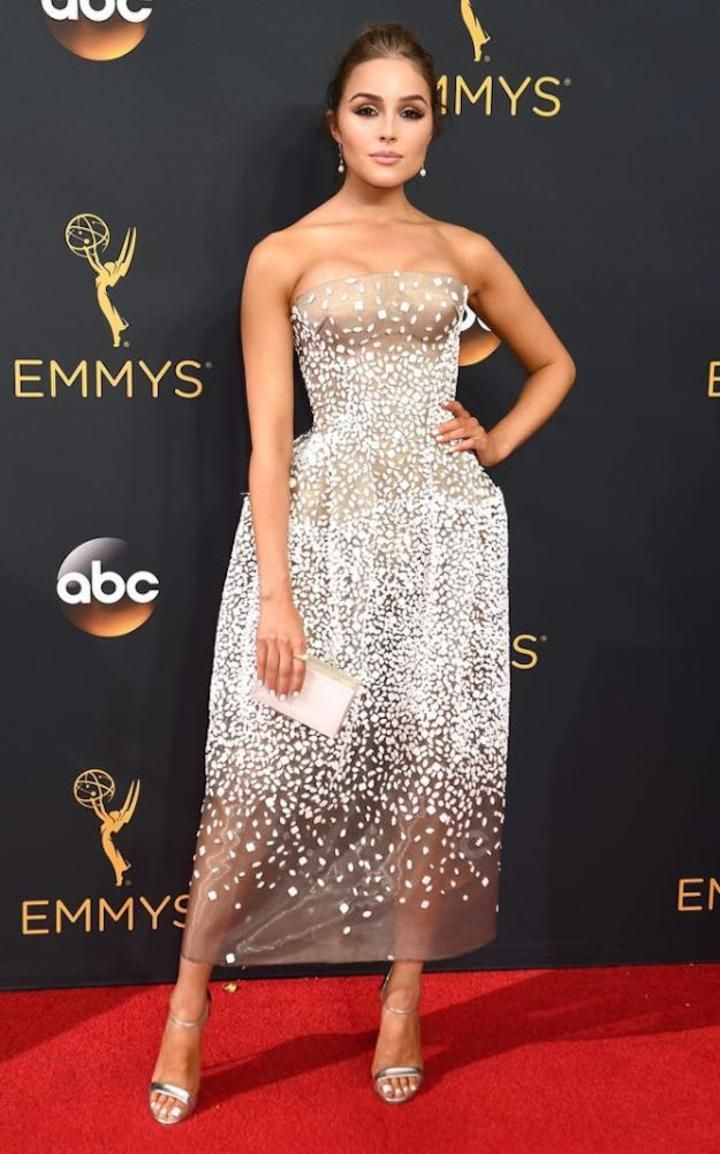 Olivia Culpo at Emmys For more visit: www.charmingdamsels.tk