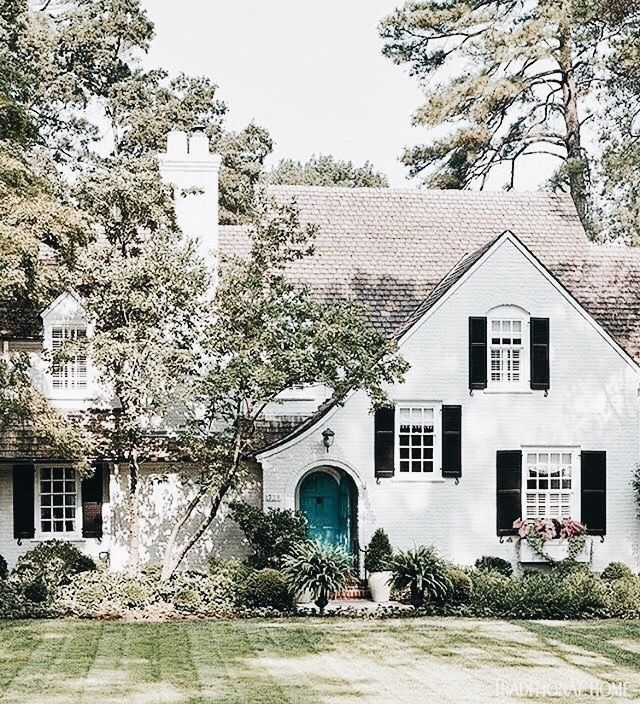 White House Black Shutters Grey Roof Gabled Would Love It To Be In The Woods House Exterior Beautiful Homes House Front