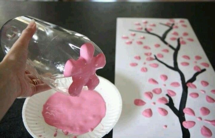 Paint Flowers with a 2 liter bottle