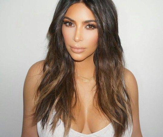 Kim Kardashian Nude Bronze Makeup