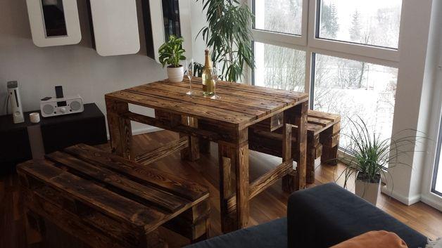 Sitzecke garten europaletten tisch palettentisch for Europaletten mobel tisch