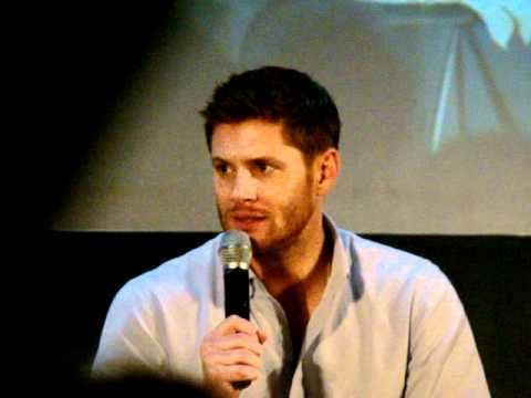Jensen talks about how awkward it was to shoot the scene where Dean gave Cas his coat back.