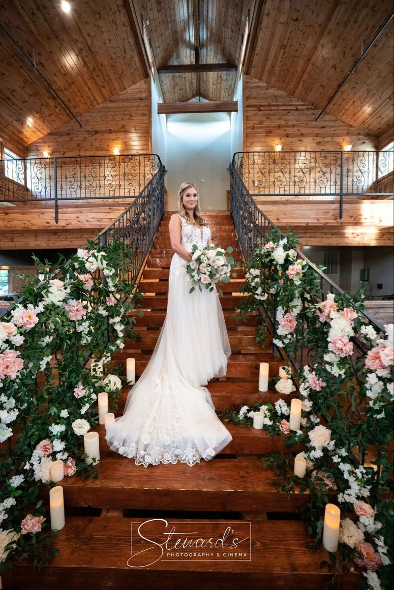 Hidden Creek Wedding Venue Staircase in 2020 Dallas