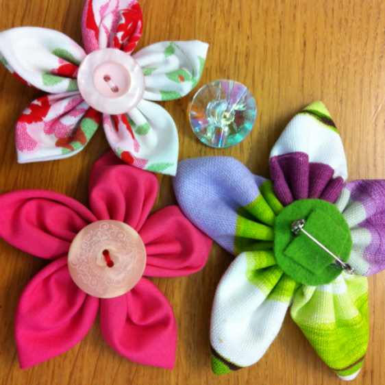 Make Colorful Fabric Flowers | Guidecentral