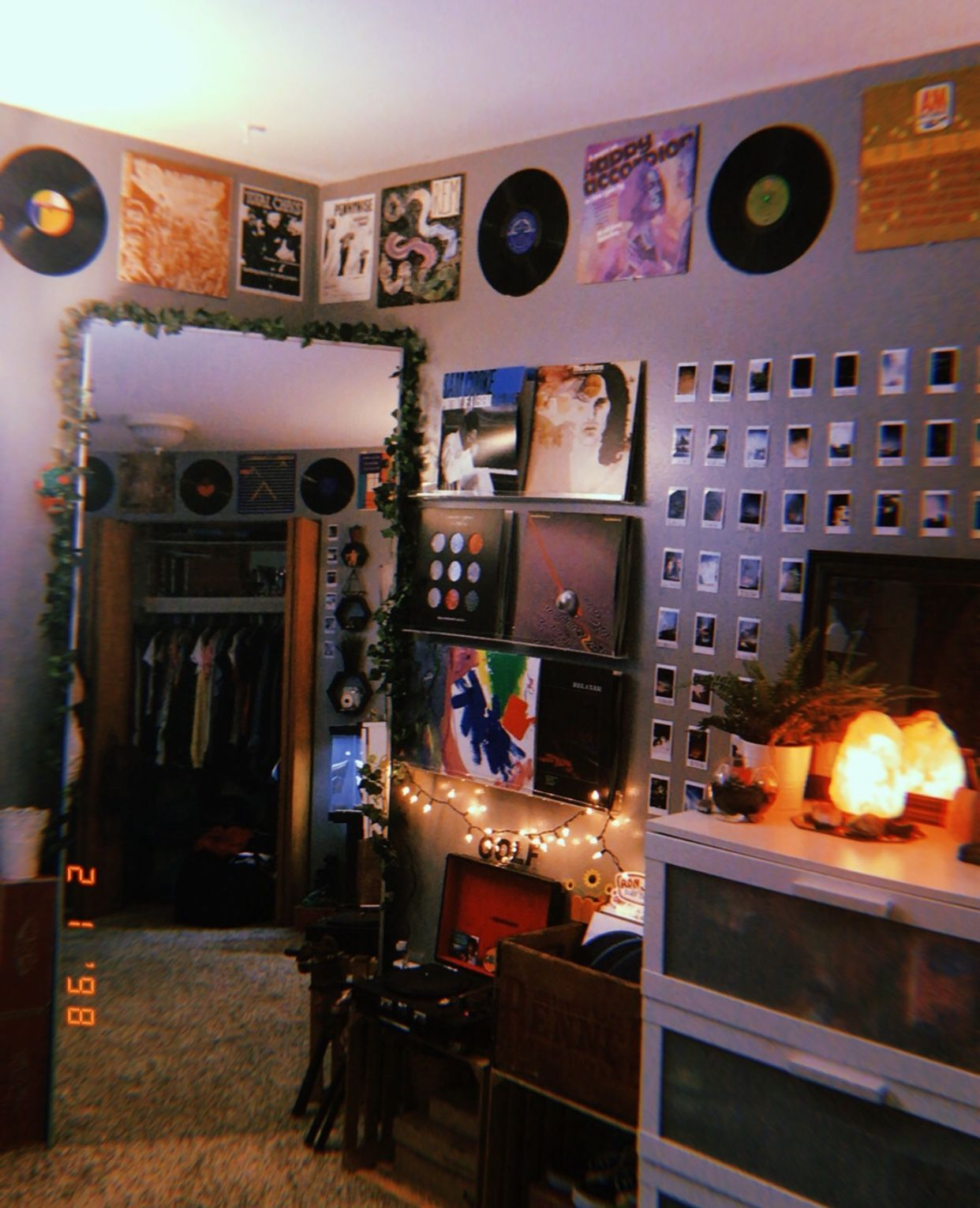 Retro Grunge Aesthetic Room