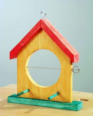 vogelfutterhaus selber bauen inspirationen pinterest v gel haus und vogelhaus basteln. Black Bedroom Furniture Sets. Home Design Ideas