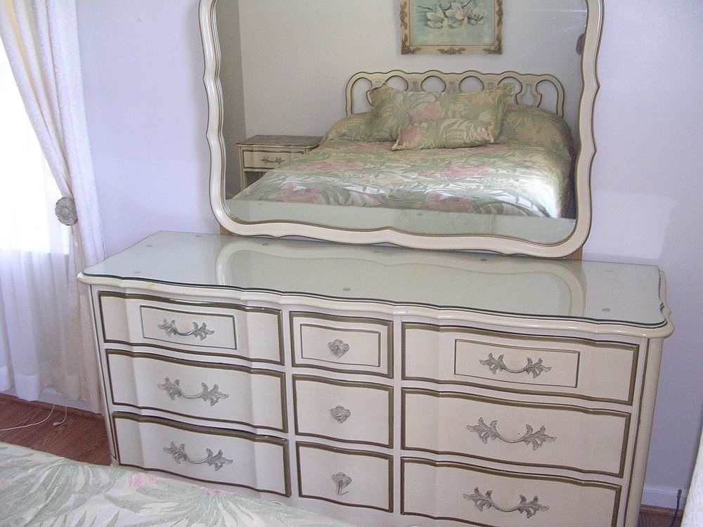 Piece French Provincial Bedroom Set Thomasville eBay