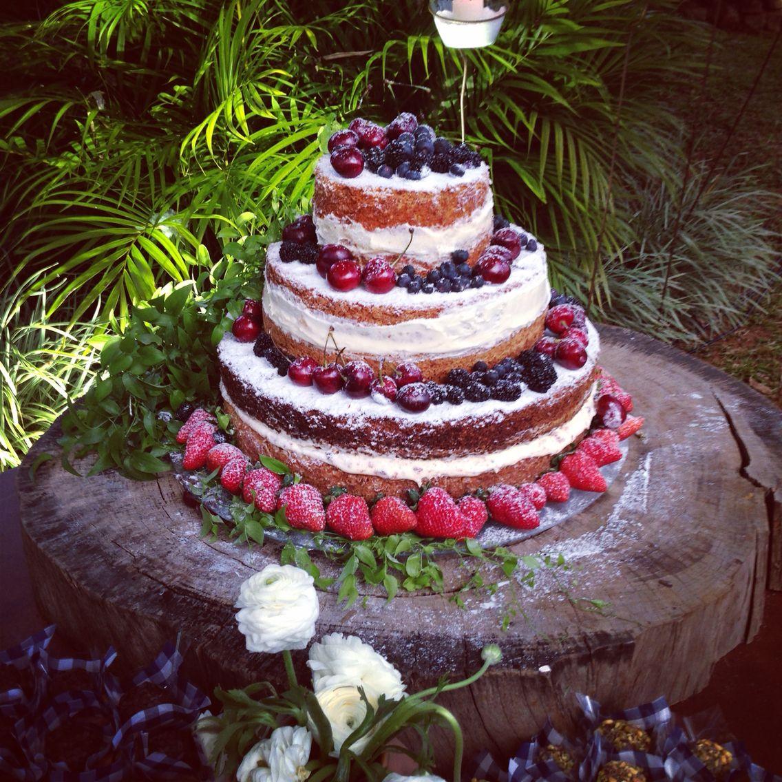 Naked Cake casamento na fazenda