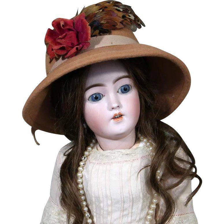 20 inch stylish and beautiful Simon & Halbig 1159 doll