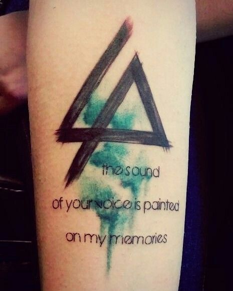 this fan got a great tattoo tributes to chester bennington pinterest fans tattoo and. Black Bedroom Furniture Sets. Home Design Ideas