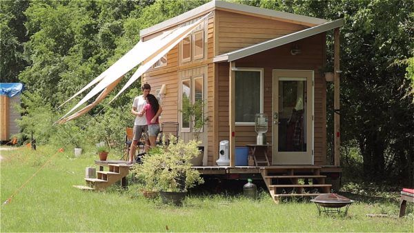 Living Tiny Legally (Documentary): A Look Into How Tiny Homes Are Becoming  Legal!