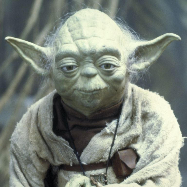 A New Star Wars Fan Theory Explains The Real Reason Yoda Went Into Exile On Dagobah Star Wars Movie Photo New Star Wars