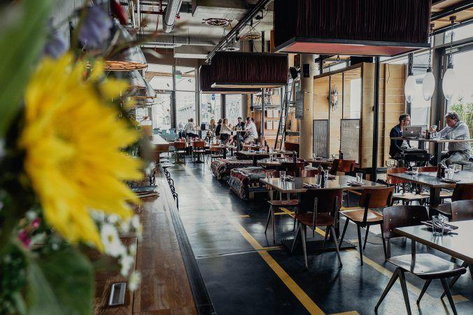 In der Heimatküche, das Hotel-Restaurant des 25h in der Hamburger ...