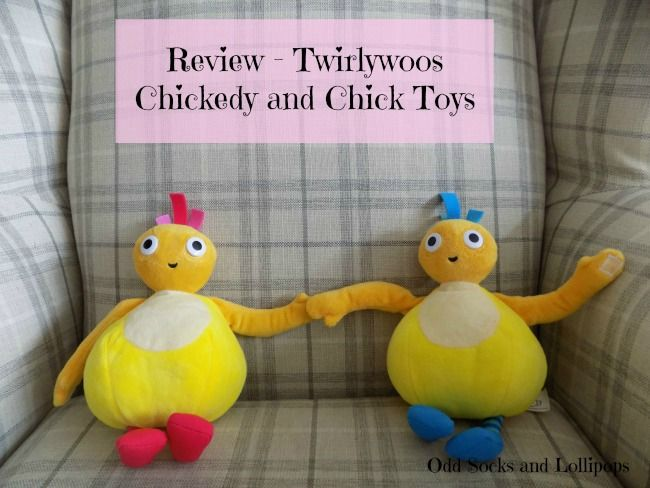 Review Twirlywoos Chickedy and Chick Toys - Our reviews of the wonderful Chickedy and Chick talking soft toys