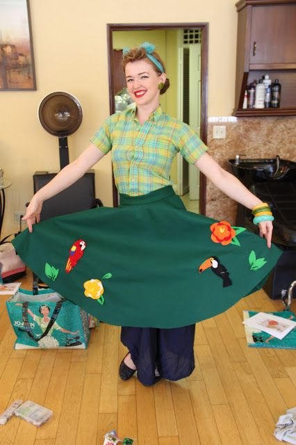 Bon Vivant Meeting ~ Novelty Felt Circle Skirt Party | Technicolor Cutie