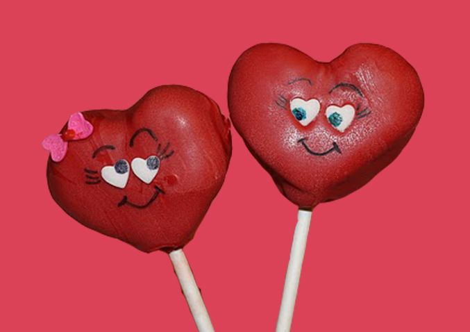Mel's Sweet Treats: Valentine's Day Cake Pops