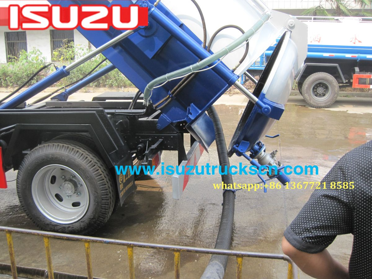 Philippines isuzu vacuum pump sewage tanker septic water tank trucks for sale http