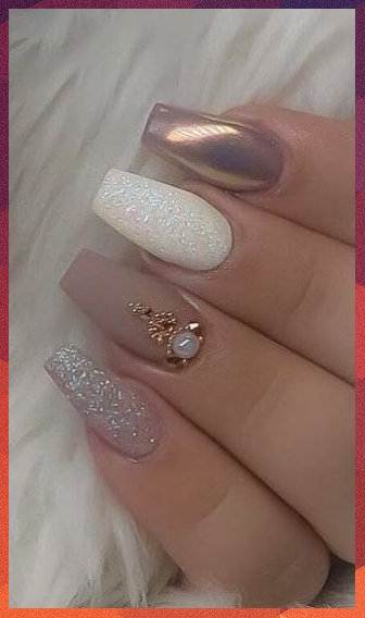 Popular 100+ Nail Designs To Try This Season - #blacknail #Designs #kyliejennern...