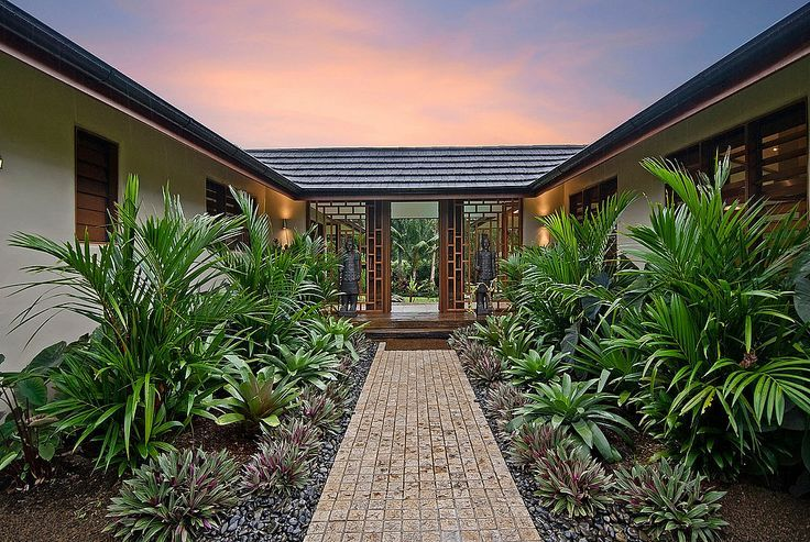 Bali Style home entrncw   Chris Vandyke Designs