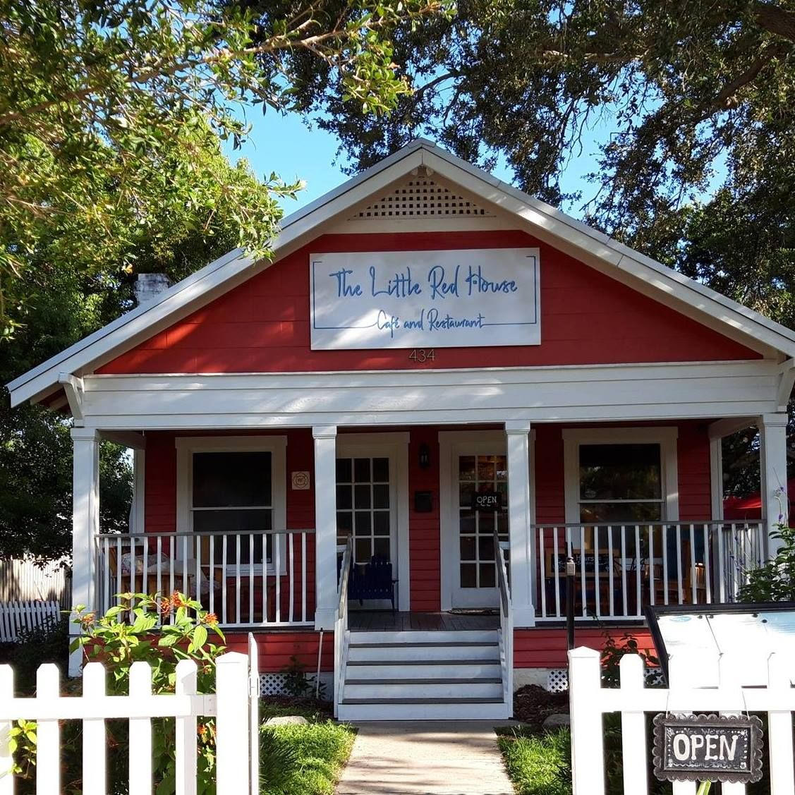 Little Red House 13090 Gandy Blvd N St Petersburg Fl 33702 727 317 5751 Yes It S As Cute As It Sounds Little Red H Red House Dunedin Florida Mansion