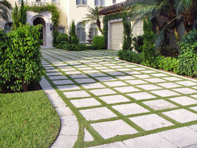 Attirant Nice Idea To Minimize Grass And Include Stone. Maybe Use To Extend Driveway  Garden Design Ideas: Landscaping Ideas Florida