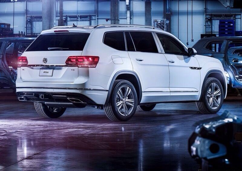 Big Role This Big Suv By Vw Called Atlas Here In The R Line Version Volkswagen Of America Inc Announced That It Will Off Volkswagen Car Dealership New Cars