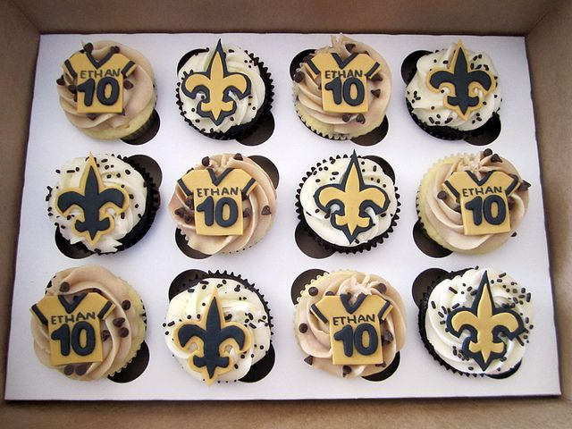New Orleans Saints Birthday Cupcakes Saints Birthdays And Cake