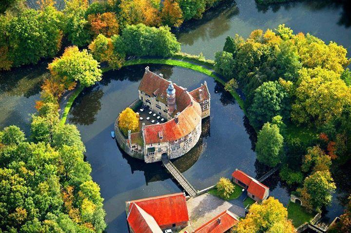 Castle Vischering- Germany!.