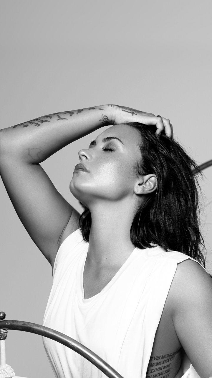 Demi Lovato Monochrome Tell Me You Love Me 720x1280 Wallpaper Demi Lovato Body Demi Lovato Demi Lavato Body